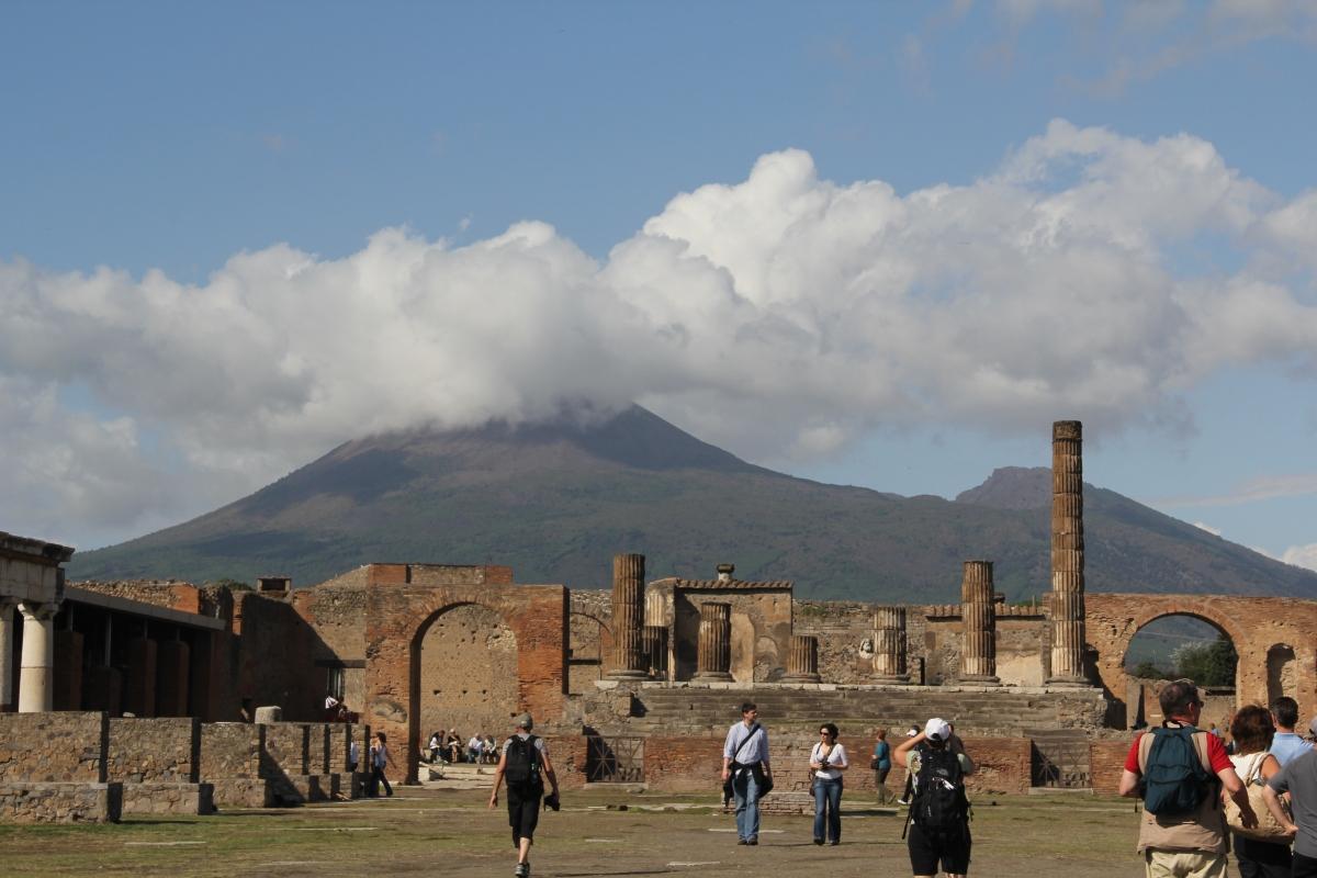 Real & Reel: Pompeii 2011