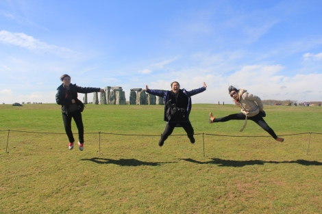 First I got my ex colleagues to oblige and jump in unison and after a couple of tries. I manage to capture this shot.