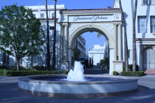 After walking 2.5 miles I finally found Paramount Pictures