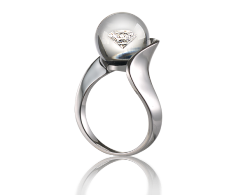 Destinée In Glass Ring